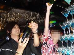 シャンパンタワーのスタート!