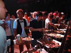 ageha会場内はというとすでに多くのスタッフさん方が集まっていました!