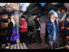 最後は海斗主任の歌うラスソンに合わせてみんなで恋ダンス!以上海斗主任の昇格祭をお伝えしました!