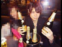 素晴らしいシャンパンと一緒にパシャッ☆