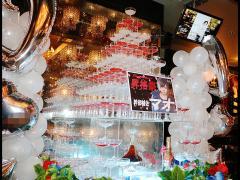 紅白の豪華なシャンパンタワー☆綺麗ですね!!