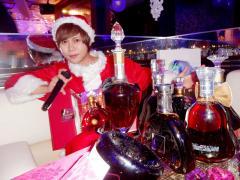 海斗王子、サンタクロースの格好をしても、王子様♪飾りボトルが良くお似合いです!