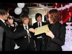 幸村代表から恒例の色紙贈呈がありました!