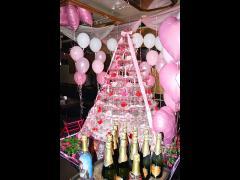 ピンクのシャンパンタワーが綺麗です!!オリシャンも用意されていますね♪